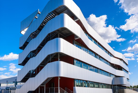 NEW HEADQUARTERS OFFICE BUILDING<br/>SORIN GROUP ITALIA SRL, MIRANDOLA (MO)